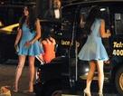 Cựu hoa hậu Anh - Ba con vẫn quyến rũ