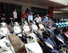 Tranh thủ chém Tết: Xe máy đội giá hàng triệu đồng