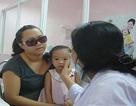 Xáo trộn cuộc sống vì dịch đau mắt đỏ