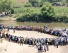 Phát hiện 5 học sinh chết bất thường bên bờ suối