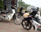 Hai xe máy đối đầu trong đêm, 2 vợ chồng tử nạn