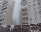 Thú vị xem clip nước sôi biến thành tuyết trắng ở Nga