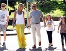 Ronan Keating rạng rỡ bên bạn gái và các con