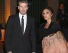 David Beckham xăm tên vợ lên tay