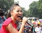 """Thu Minh """"bay"""" hết mình kêu gọi ủng hộ người đồng tính"""