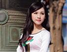 Ngắm nhan sắc 10 nữ sinh xinh đẹp nhất trường Báo trong tà áo dài