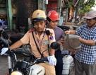 Hà Nội: Thí sinh hỏng xe được CSGT đưa đến điểm thi