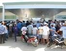 Côn đồ chém người, hàng trăm dân lại bao vây trụ sở đơn vị thi công