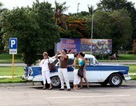 Dân Cu Ba được cởi trói với chính sách mua bán ôtô mới