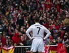 C.Ronaldo và cơn ác mộng sau vinh quang