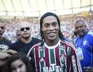 Ronaldinho được chào đón như ông hoàng ở CLB mới