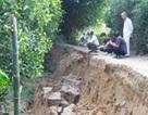 Dân hoang mang vì sạt lở đất nghiêm trọng
