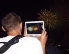 Nha Trang: Du khách quốc tế thích thú ngắm pháo hoa chào xuân Ất Mùi