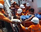 Vượt hơn 400 hải lý cứu ngư dân bị toác xương chân ở Trường Sa