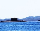 Tàu ngầm Kilo Khánh Hòa vào quân cảng Cam Ranh an toàn