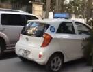 """Clip """"tài xế taxi chèn ép cảnh sát ở Thủ đô"""" gây phẫn nộ Internet tuần qua"""