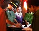 """Công an Hà Nội xử lý hàng loạt bãi xe """"thổi giá"""""""
