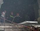 Hà Nội: Cháy lớn thiêu rụi một nhà hàng
