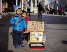 Cám cảnh bà mẹ bán con trai lấy tiền chữa bệnh cho con gái