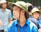 """Lập """"rào chắn sống"""" giữa nắng nóng 40 độ: SV tình nguyện lên tiếng"""
