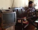Hà Nội: Người đàn bà góa bị cắt điện ăn Tết