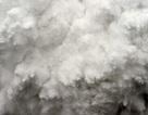 Bức tường tuyết cao như tòa nhà 50 tầng đổ ập xuống người leo núi