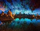 Vẻ đẹp lạ lùng của hang động sặc sỡ nhất thế giới