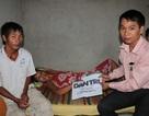 Trao tiếp hơn 13 triệu đồng đến 4 bé thơ ăn cơm với rau luộc