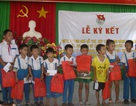 Bình Định: Tặng 21 suất quà đến học sinh nghèo
