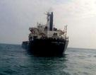 11 ngư dân cùng tàu cá 2 ngày trôi tự do trên biển
