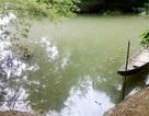 Trượt chân xuống sông, bé 5 tuổi tử vong