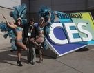 """Những """"chân dài"""" xinh đẹp giúp triển lãm CES 2014 sôi động hơn"""