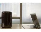 """Hài hước clip """"chuyện tình"""" giữa máy tính Mac Pro với… thùng rác"""