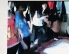 Điều tra clip nữ sinh bị đánh hội đồng, lột quần áo giữa đường