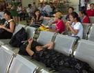 2 chuyến bay bất ngờ bị hoãn, hành khách vạ vật tại nhà chờ