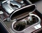"""Sự hoàn hảo của kính Bentley qua """"những cái bắt tay"""""""