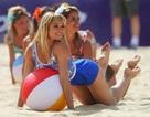 """""""Đốt cháy"""" Olympic cùng hoạt náo viên bóng chuyền bãi biển"""