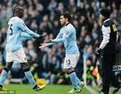 Nhìn lại trận derby Manchester: Sai một ly đi cả…chặng đường dài