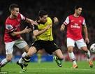 Lewandowski nhấn chìm Arsenal ngay tại Emirates