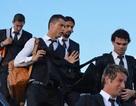 Đoàn quân Real Madrid hừng hực khí thế, đổ bộ xuống Lisbon