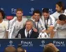 """Ngất ngây vì Decima, cầu thủ Real """"phá đám"""" Ancelotti"""