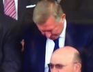Sir Alex ngủ gật khi theo dõi MU thi đấu?