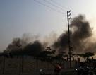 Huy động 70 cảnh sát dập lửa cứu kho hàng rộng 1.000m2
