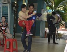 Thí sinh đi xe lăn hoàn thành kỳ thi THPT quốc gia