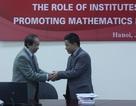GS. Ngô Bảo Châu về nước dự hội thảo toán học