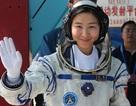 Trung Quốc công bố nữ phi hành gia đầu tiên
