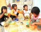 Trẻ mầm non ăn cơm với… dế mèn: UBND TP Kon Tum phản hồi