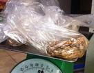 Xén bớt thực phẩm của học sinh tiểu học