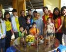 Quỹ Nhân ái tặng quà Tết đến các bé họ Nhân chùa Long An