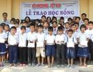 Hội Khuyến học Đồng Tháp trao hơn 15.000 suất học bổng đến học sinh nghèo